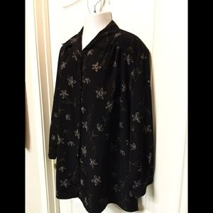Maggie Barnes plus size blouse top 24W 5/25